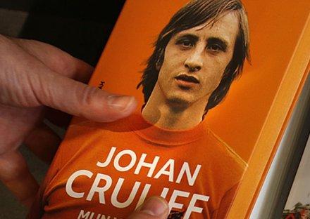 Johan Cruyff - Mon Histoire (couverture Rigide) FvNdcZi