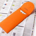 Monsterkamer, oranje envelop op vel